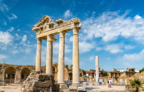 Photo Ruins of the Temple of Apollo in Side, Turkey