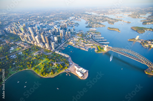 Cuadros en Lienzo  Sydney Harbour from high above aerial view