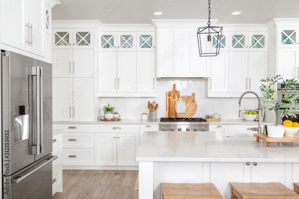 Fototapeta A beautiful modern farmhouse kitchen.