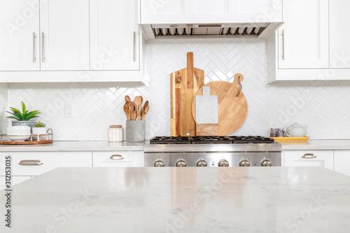 Fotografía A beautiful modern farmhouse kitchen.