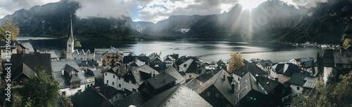 Fényképezés  Beautiful Hallstatt Village (Austria)