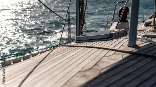 Pokład Jachtu żaglowego Canvas