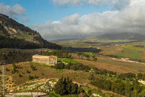 Temple of Segesta (Tempio di Segesta), Sicily, Italy Fototapet