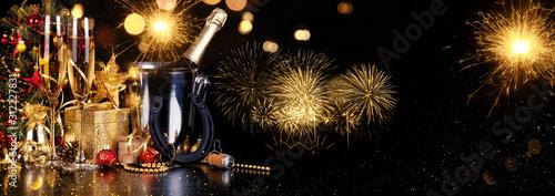Obraz Champagner zum Fest - fototapety do salonu
