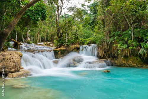 Fototapety, obrazy: Kuang Si Waterfall in Luang prabang, Laos.