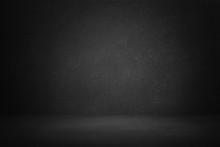 Dark And Black Studio Room