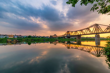 Bridge Is The First Steel Bridge Across The Red River, Built By The French (1898-1902), Named For Dormer, Under The Name Of The Governor General Of Indochina Paul Dormer