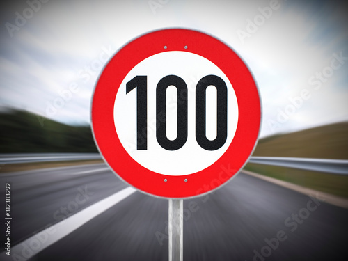 Fotomural 100 Tempolimit Geschwindigkeitsbegrenzung hundert km/h 3d render
