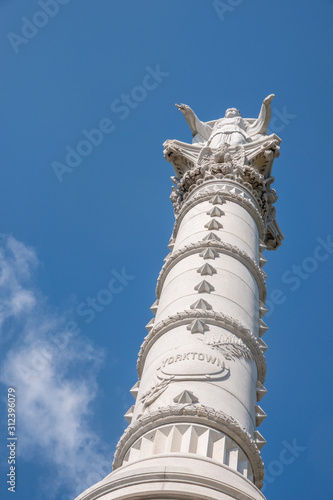 Fotografija Column at Yorktown in Virginia, USA, commemorating surrender of British troops a