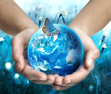 Earth In Hands On Blue Nature ...