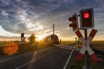 Bahnübergang, Schranke, Zug, Eisenbahn