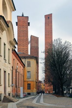 MEDIEVAL TOWERS IN PAVIA IN IT...