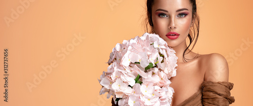 Fotografie, Tablou  Beautiful white girl with flowers