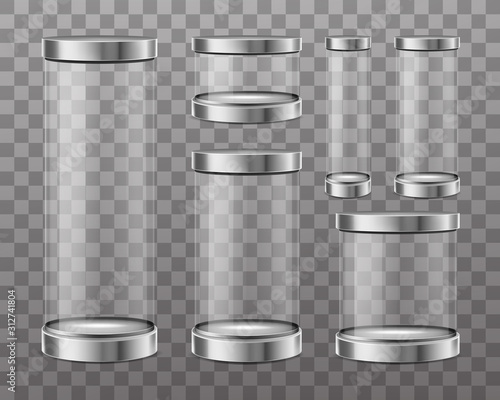 Photo Empty cylinder capsule, clear showcase isolated on transparent background