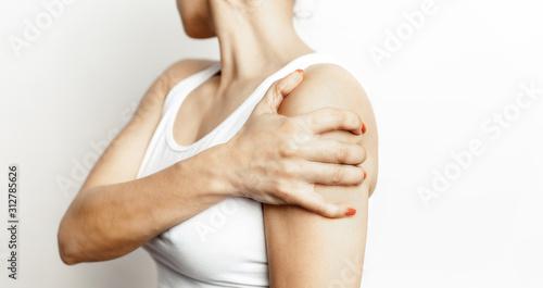 Fotografía  Acute shoulder pain