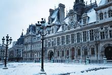 Hotel De Ville Townhall Square Under Snow In Paris