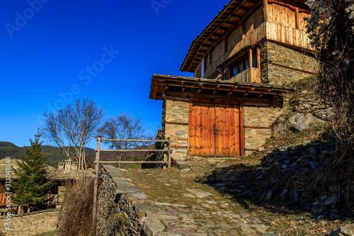 Fototapety, obrazy: Street views of the old Bulgarian village Kovachevitsa