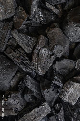 Okleiny na drzwi kamienie  black-coal-background-charcoal-woody-black-lot-of-wood