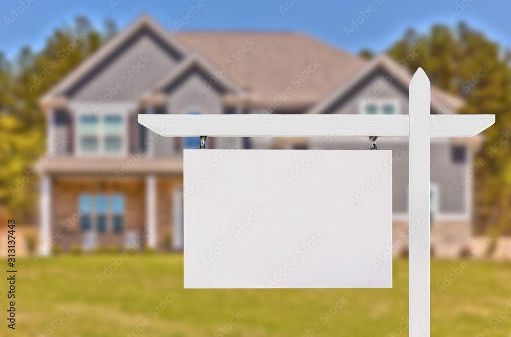 Fototapeta Blank Real Estate Sign in Front of Beautiful New House