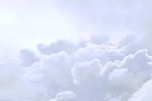 Dreamy Cloudy Heavenly Backgro...