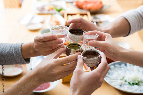 Obraz na plátně 日本酒で乾杯