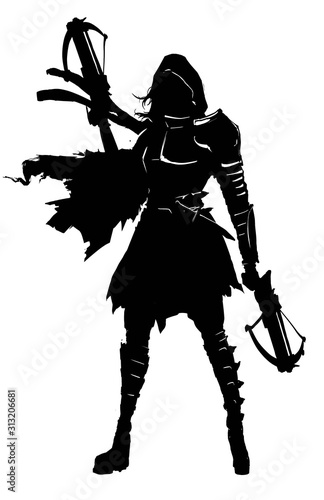 Foto The silhouette of a girl in a hood with two small crossbows in her hands, in a ragged cloak and armor elements on her chest and shoulders