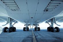 Main Landing Gear Of A Jumbo Jet