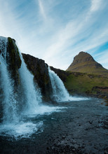 Famous Icelandic Waterfalls Wi...