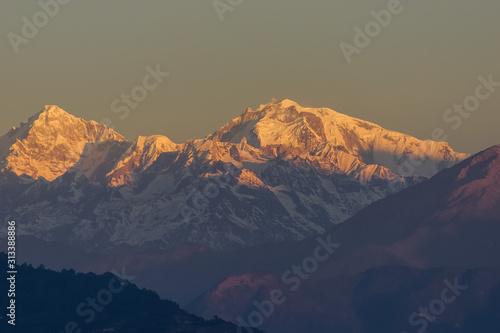 Fototapeta Himalayan sunrise mountain views in Nepal obraz na płótnie