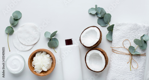 Fototapeta Eco natural products for spa with coconut natural cosmetics obraz