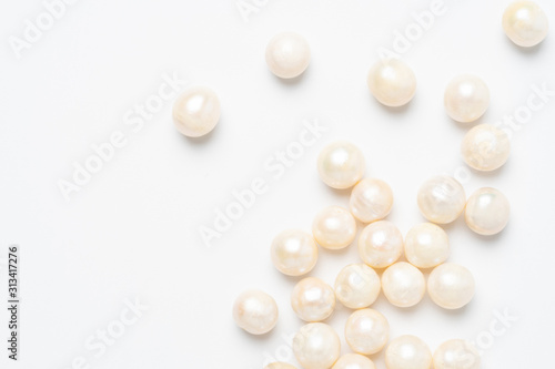 pearl necklace isolated on white Canvas Print