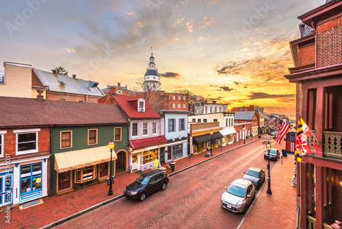 Fototapeta Annapolis, Maryland, USA downtown view over Main Street with the State House obraz