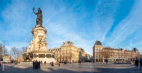 Fototapeta Panorama de la place de la République à Paris