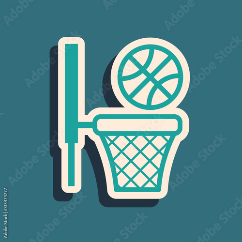 Photo Green Basketball ball and basket icon isolated on blue background