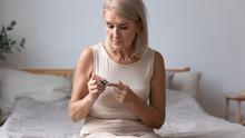 Senior Female Diabetic Measure...
