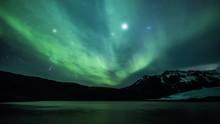4K Aurora Borealis Over A Glac...