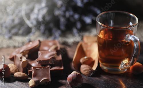 Obraz Brewed tea on a serving table - fototapety do salonu