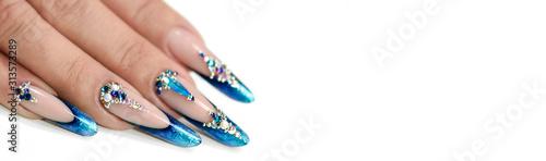 Fotografía Winter nail art polish, Nails gel technique, Sparkling blue colour background, R