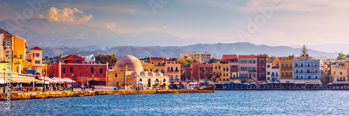 Stampa su Tela Mosque in the old Venetian harbor of Chania town on Crete island, Greece