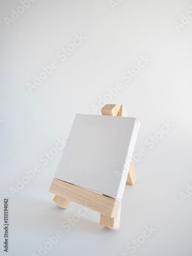 cuadro y caballete para pintar Fototapet