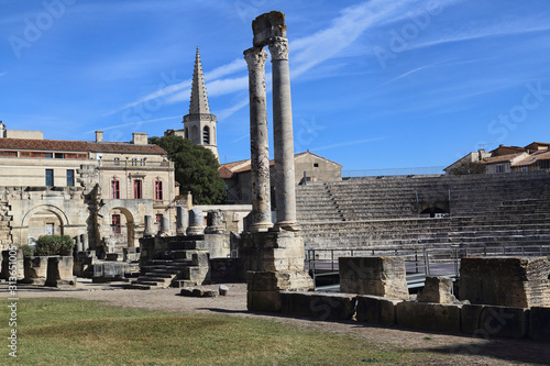 Photo Roman ruins in Arles, France