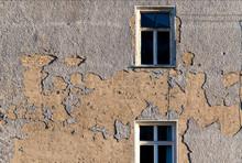 Fassade Fenster Sonnenlicht Alt Putz Abgebröckelt Kaputt Berlin Oberfläche Hintergrund Struktur Altbau Wohnung Ausblick Windows