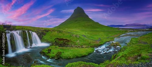 Obraz Kirkjufell mountain and waterfall - fototapety do salonu