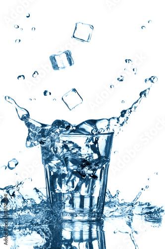 plusk-czystej-wody-z-lataniem