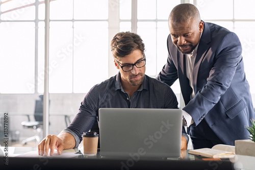 Canvas Print Leadership working with his employee