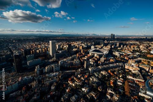 Fotografía Cityscape skyline view of Madrid