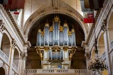 Pipe Organ In Eglise Saint-Lou...