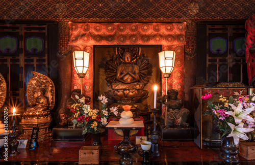Golden wooden statue depicting the bodhisattva Sente Kannon with thousand arms i Canvas Print