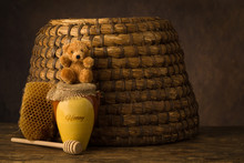 Teddy Bear And Honeypot With B...