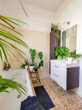 Small Tiled Bathroom With A Ba...